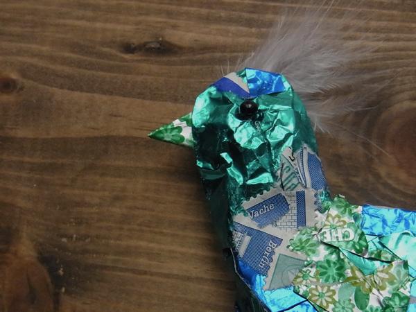 紙で作った青い小鳥