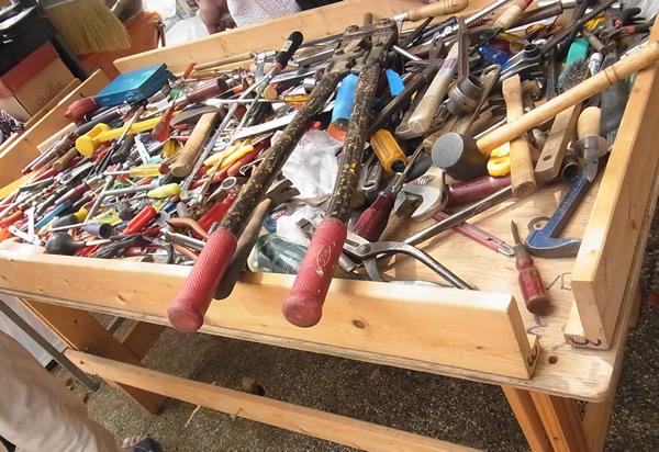 弘法市の大工道具