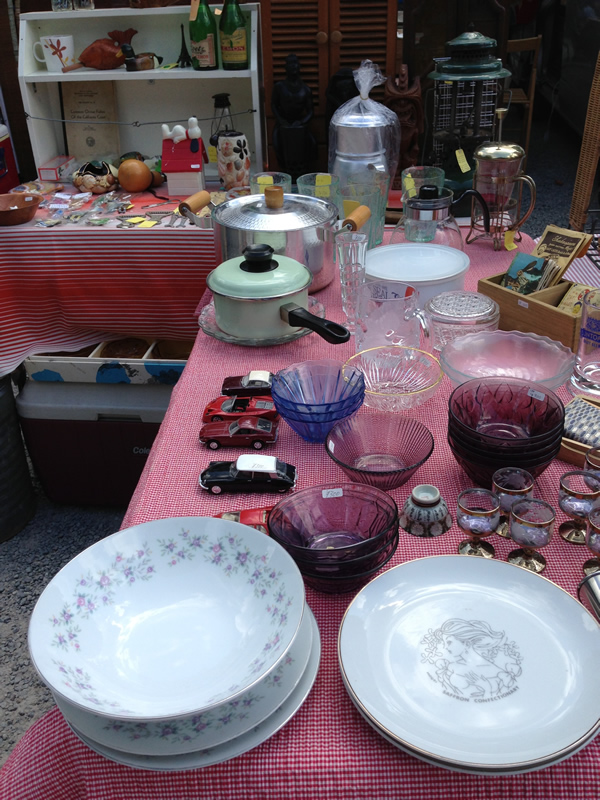 四天王寺のガラス食器の店