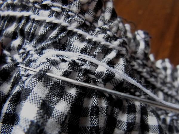スモッキング刺繍