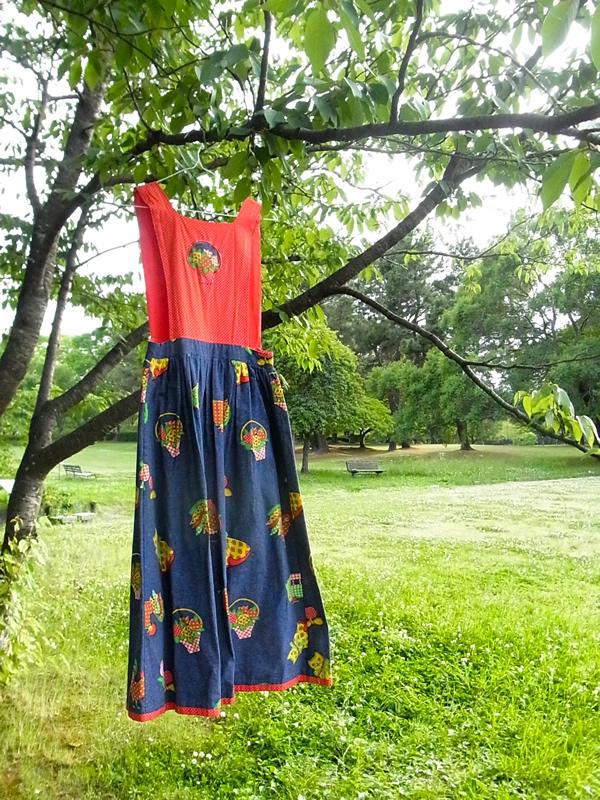 デニムプリント風ジャンパースカート