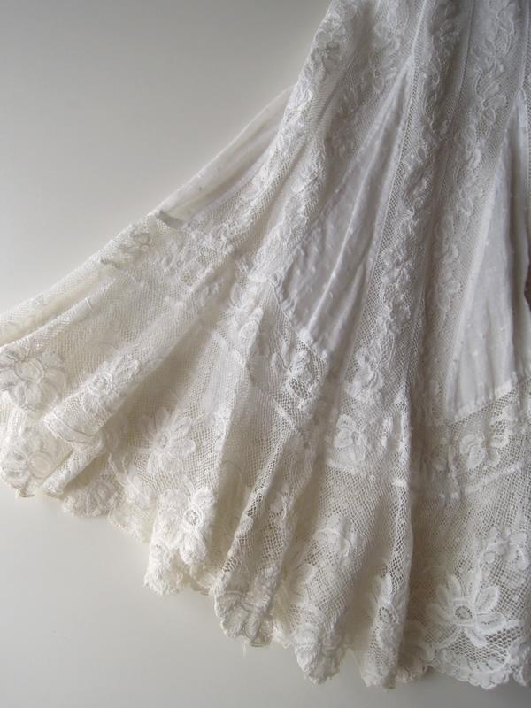 室内で撮影ヴィンテージスカート