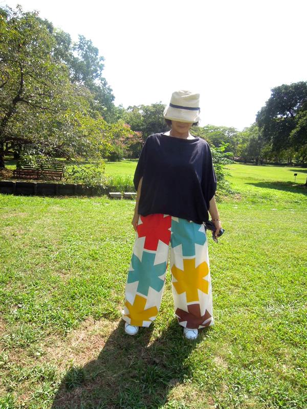 ヴィヴィアンウエストウッドのスカートをパンツにリメイク
