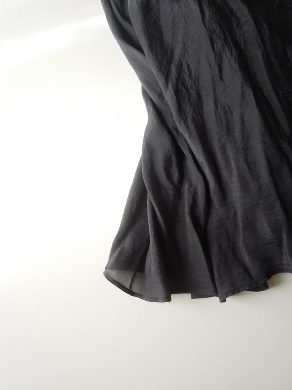 裏スカート