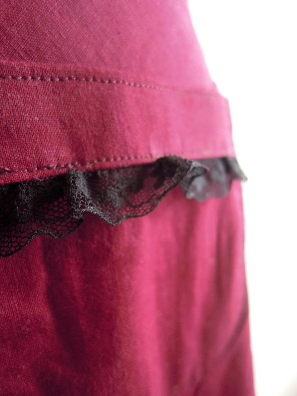 秋のスカートのポケット