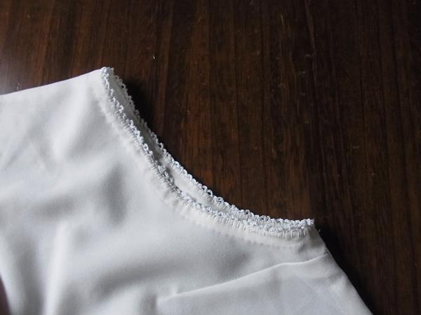 かぎ針編みをした袖くり