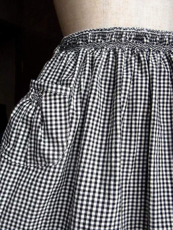 リメイクスモッキング刺繍スカート