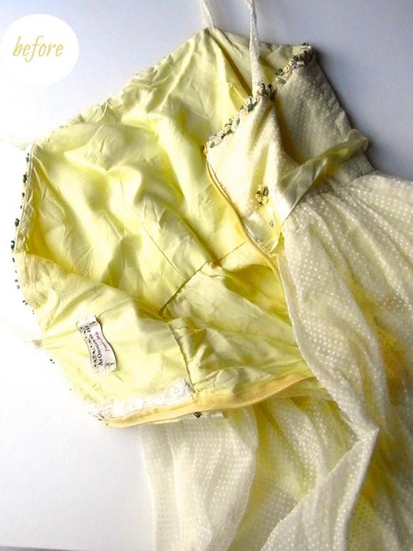 黄色のドレス後身頃