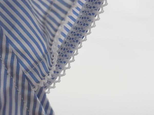 リメイクチュニックの袖口フリル写真