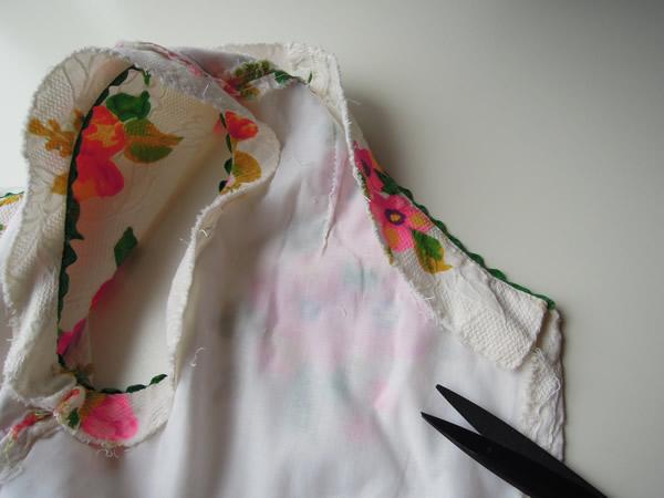 リメイク前サマードレスの裏をはずす工程