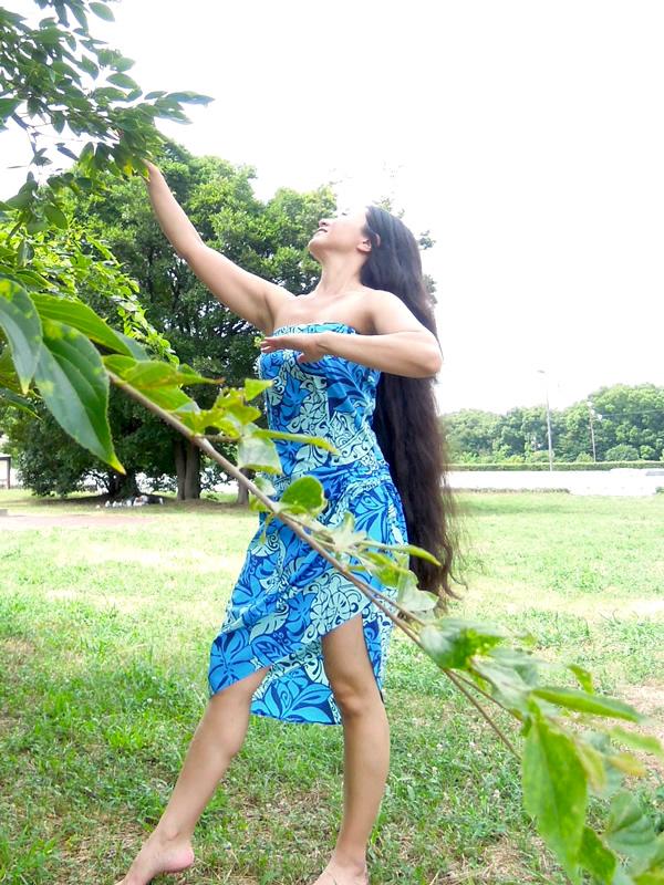 リメイク後ハワイアンドレス着用写真