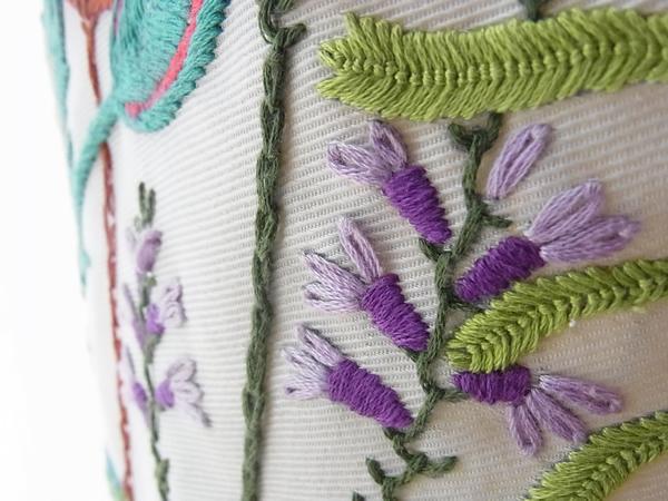 フランス刺繍紫花スカート