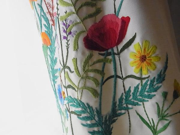 フランス刺繍スカート