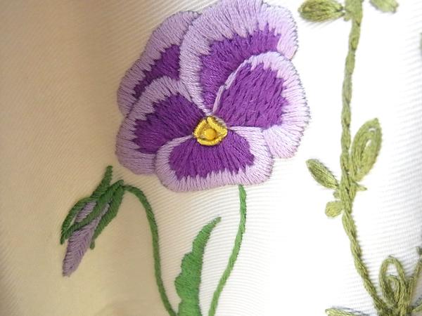 パンジー刺繍スカート