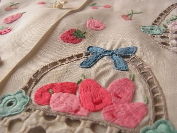 洋梨の刺繍