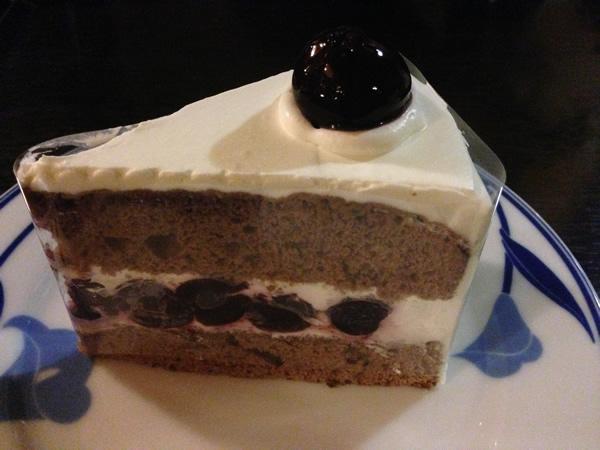 フランソワチェリーケーキ