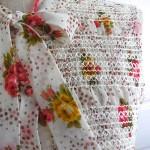 アンティーク・花柄スモッキング刺繍ブラウス