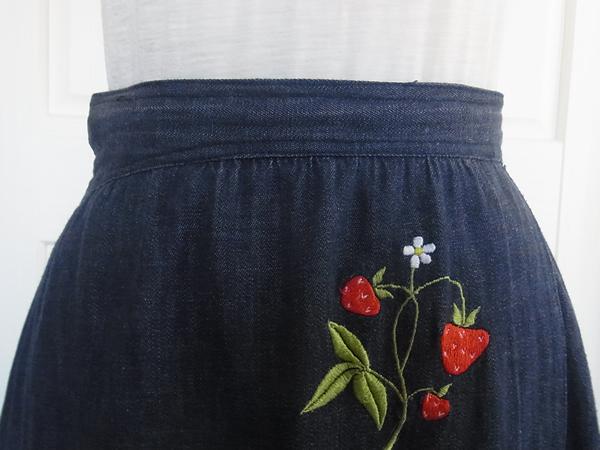 苺刺繍前ベルト