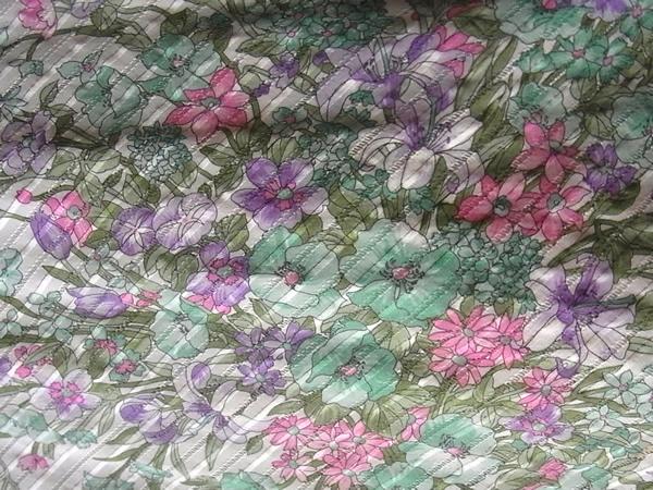 アンティークキャップスリーブワンピースの花柄生地