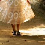 フレンチスリーブドレスの光と影