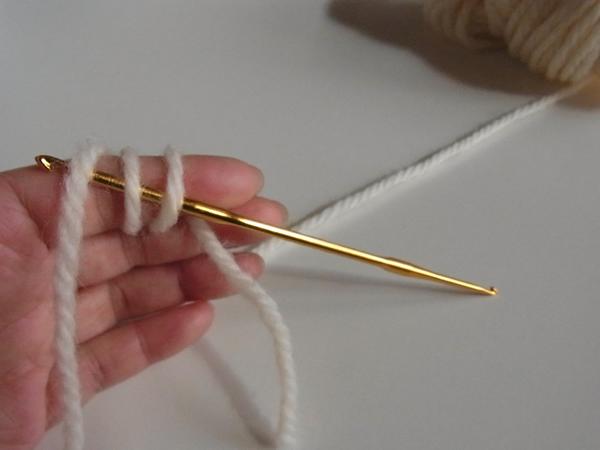 輪っかで編み始める方法