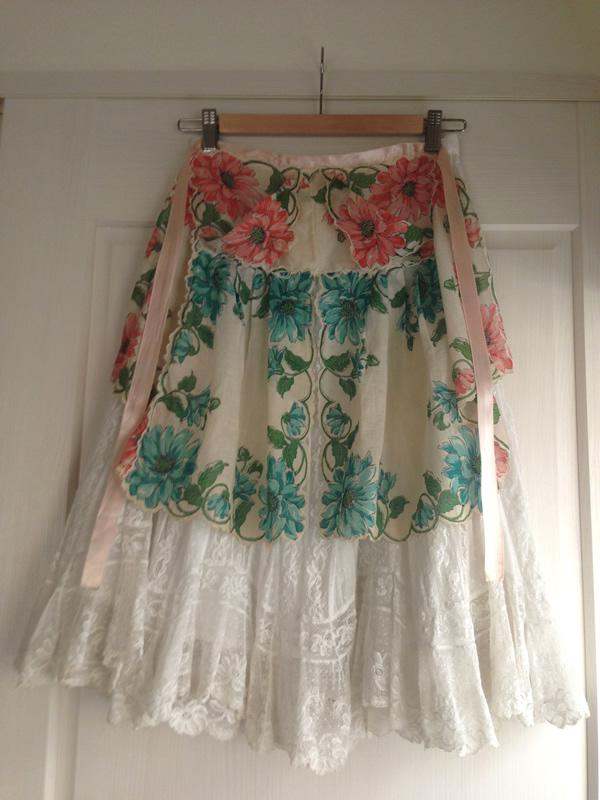 壁掛けハンガースカート