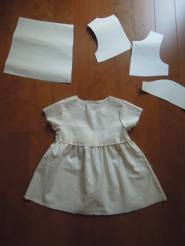 ベビードレスのパターン作成